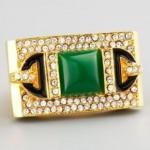 الذهب والمجوهرات الملونه