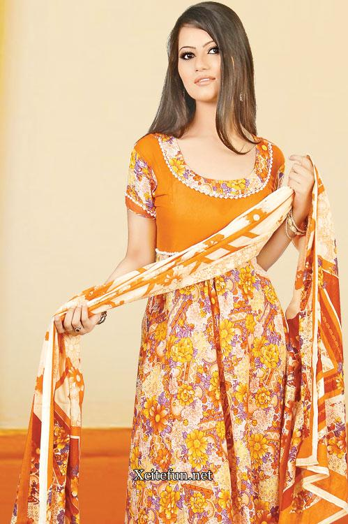 Salwar Kameez Suit Spring Collection