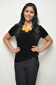 Kruthika at Vinavayya Ramayya press meet-thumbnail-16