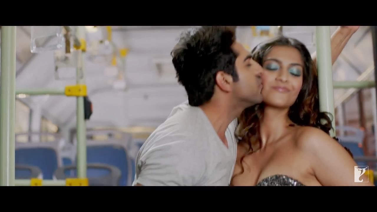 Sonam Kapoor Hot Song - Khamakhaan - Bewakoofiyaan (2014) - 1080p - Web DL - Multi-Links