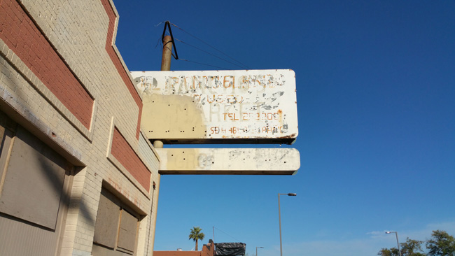 urban exploration of Abandoned Pancho's Market in Phoenix, Arizona