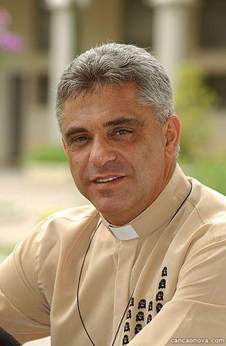 padre léo tarcísio gonçalves pereira mais conhecido como padre léo ...