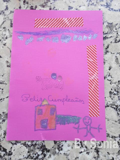 Tarjeta de cumpleaños realizada por un niño