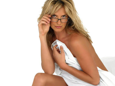 Penny Lancaster Hot Wallpaper