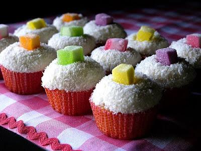 Delicious Coconut Cupcakes Ideas