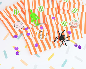 Free Trick or Treat bags when you spend £5!