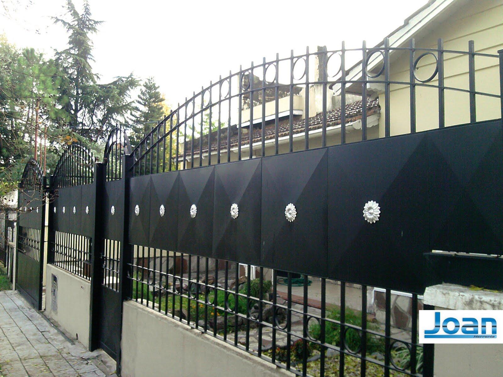Herreria zona oeste ituzaingo rejas para frente con for Rejas para frente de casas fotos