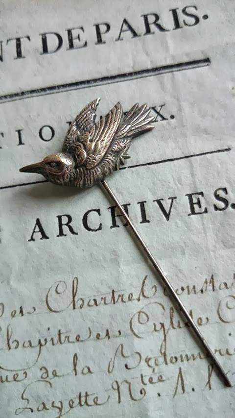 ADORABLE ANTIQUE FRENCH PETITE OISEAU LITTLE BIRD HATPIN BROOCH PIN 19th C