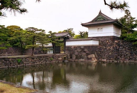 Attractions in Japan must go on. (Part 1) Tokyo Imperial Palace
