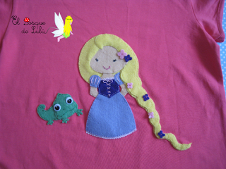 camiseta-Rapunzel-decoración-princesas-en-fieltro-customizada-personalizada-regalo-original