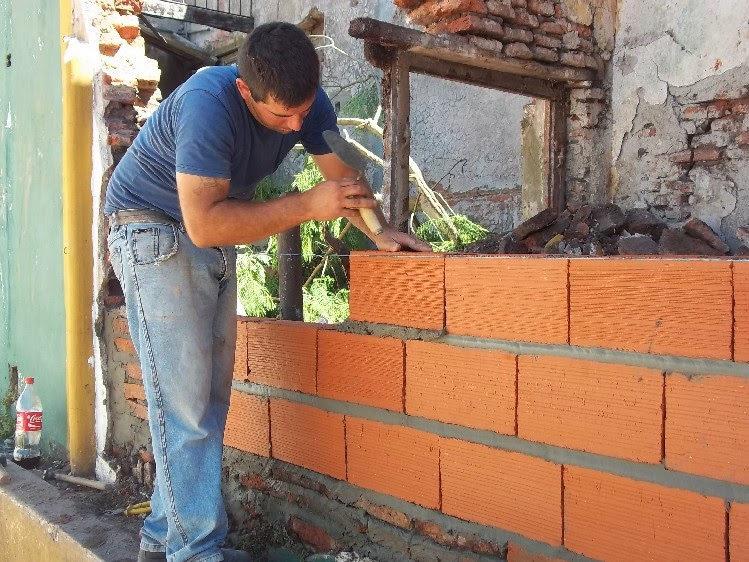 El maestro de obras xavier valderas las paredes for Hacer piscina de obra paso a paso