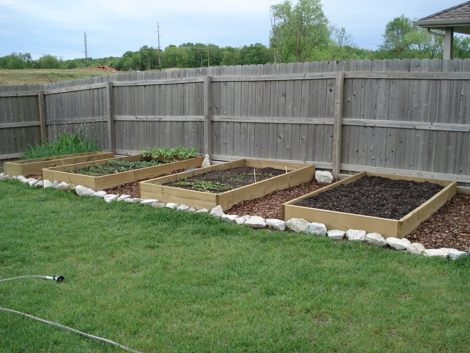 James Eugene Diy Raised Garden Beds