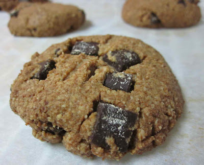 gluten and dairy free chocolate chunk cookies