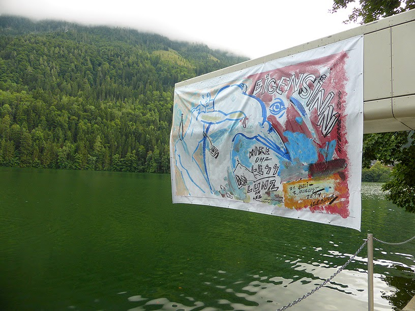 More Ohr Less Festival, l'affiche peinte par Attersee / photo S. Mazars