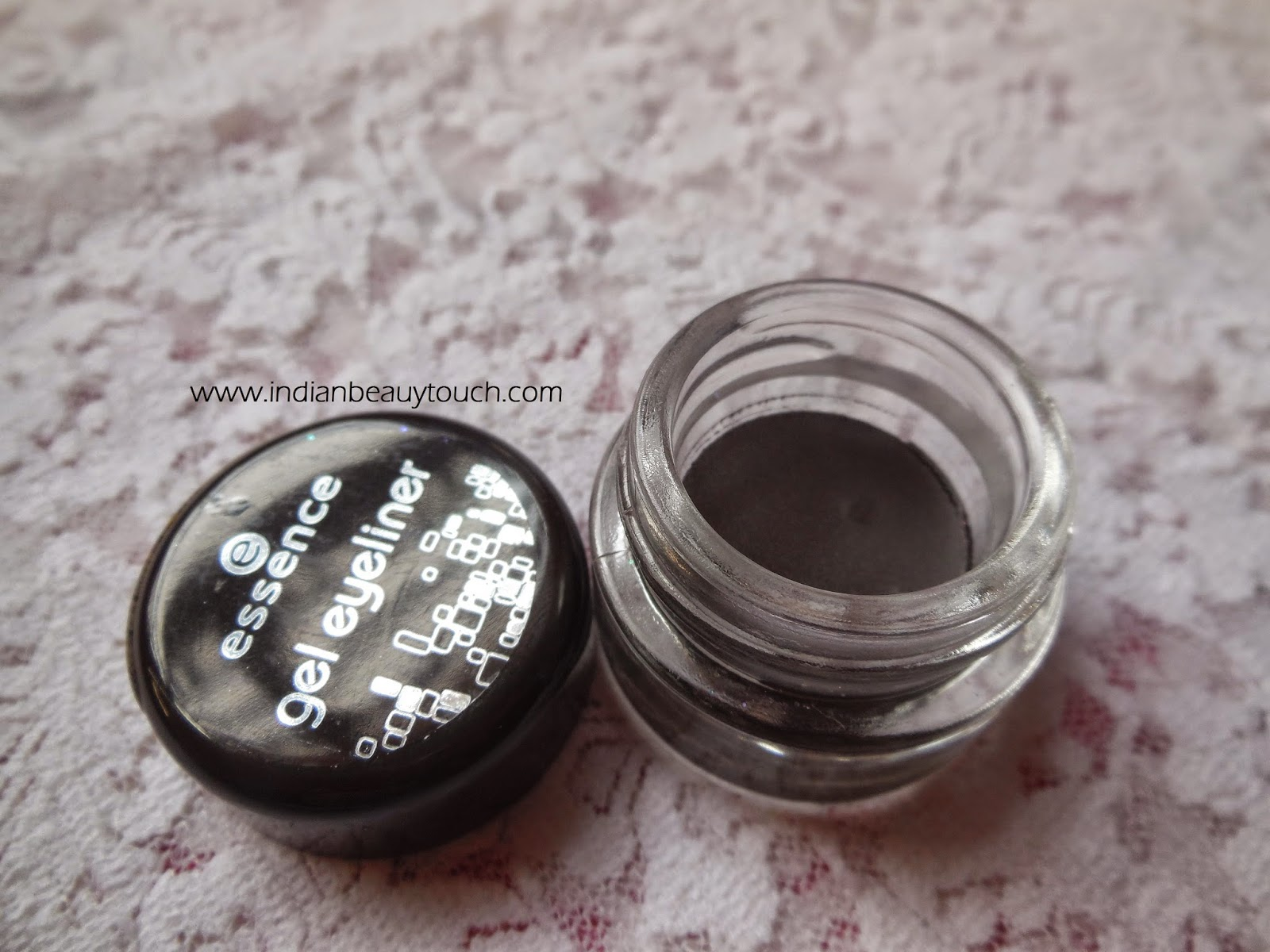 Essence Gel eye liner in 02 London Baby Review & swatches