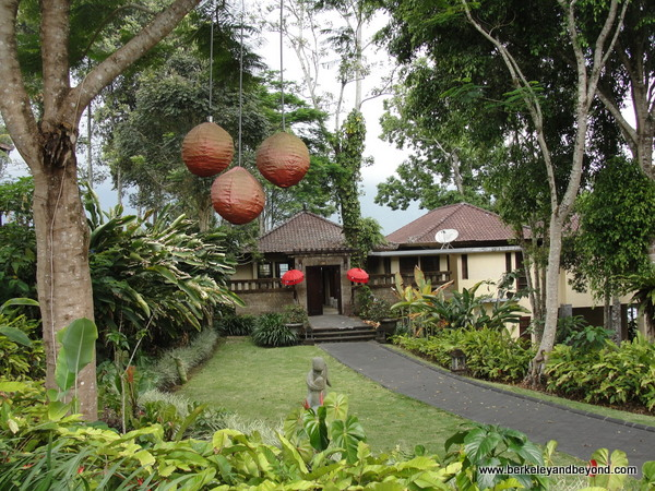 lodging at Puri Candikuning in Bali