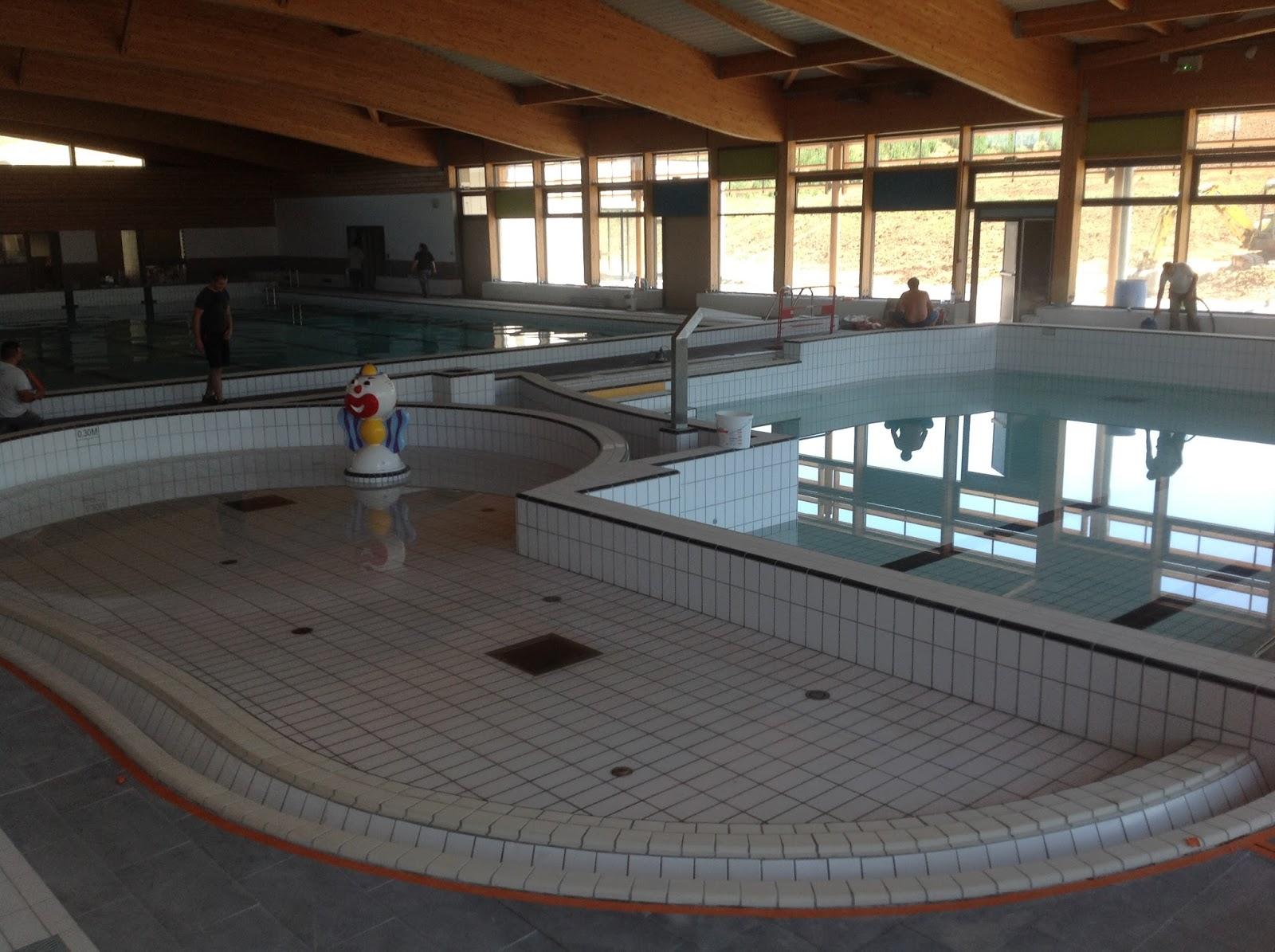 chantier piscine de brioude 43 chm architectes. Black Bedroom Furniture Sets. Home Design Ideas