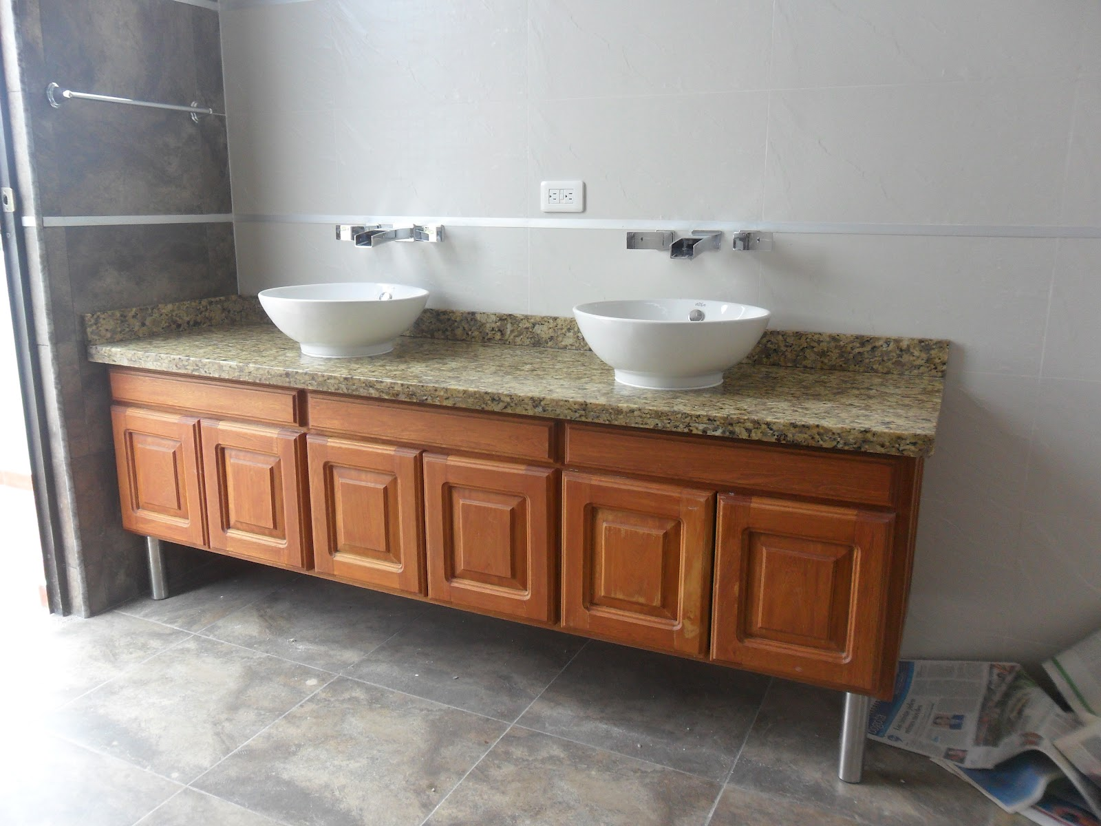 Dise o y arte la fuente mesones en granitos y marmoles for Piedras marmoles y granitos