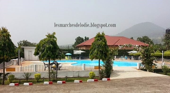 Les Marches d'Elodie - Hotel Golden City 1 - Pool - Limbe