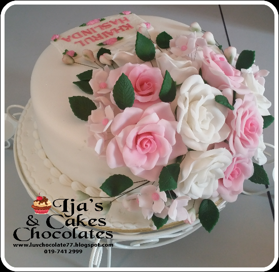 FONDANT CAKES