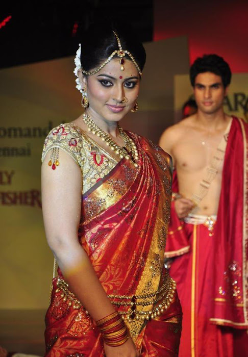 sneha at swarovski fashion