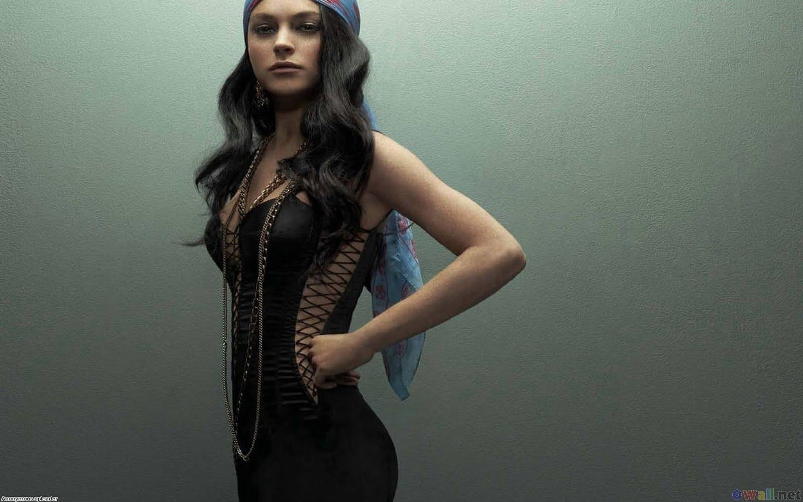 http://1.bp.blogspot.com/-fc6Dmx0yi70/TkEiMKQyVZI/AAAAAAAAIDY/XjHDoray8Vw/s1600/lindsay_lohan_sexy_gypsy_look_1680x1050.jpg