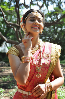 Actress Rakul Preet Singh Pictures in Saree at Rough Movie Shooting Spot  0043