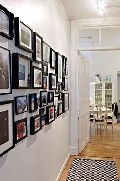Interioresaescala decorar un pasillo con cuadros y - Marcos con profundidad ...