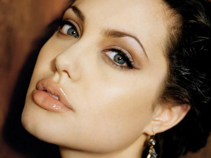 Angelina Jolie Lips title=