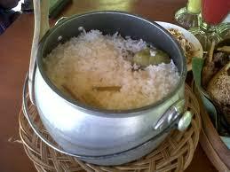 nasi liwet, resep, masak nasi, nasi liwet spesial, nasi liwet khas sunda, resep liwet sunda, nasi liwet khas sunda, cara membuat liwet enak