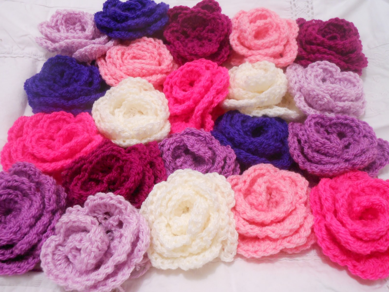 Primrose Beresford Crochet Flowers Cushion