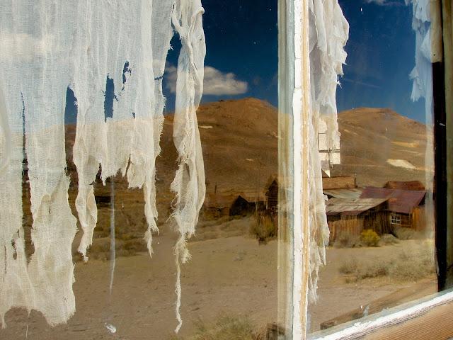 Reflejos en una ventana de Bodie