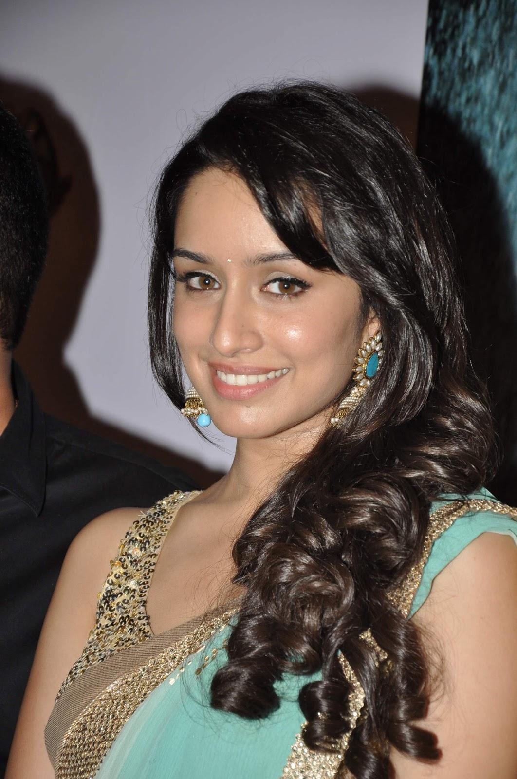 movies blog: aashiqui 2 actress shraddha kapoor photos pics   latest