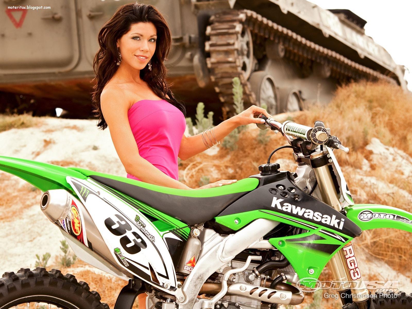 http://1.bp.blogspot.com/-fcs_z_ywfEk/UVBcrnwwTPI/AAAAAAAABXk/uPaC2wAWw3k/s1600/kawasaki-450-motocross-chica-mulheres-supercross-moto-fondo-hd-wallpaper-imagenes-mejores++%5Bmoteritas.blogspot.com%5D.jpg
