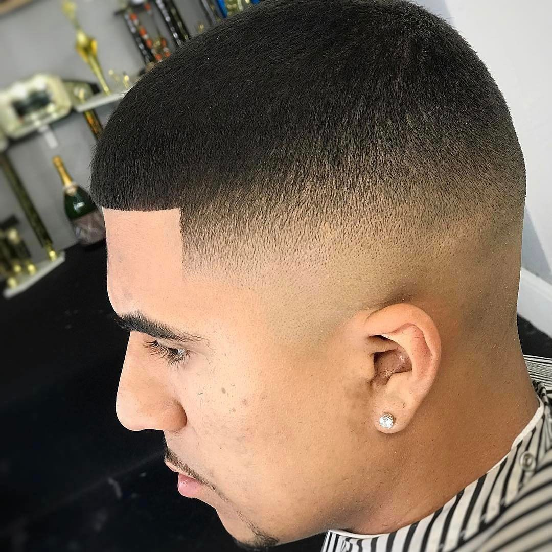 tagli capelli corti con sfumatura uomo