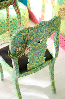 kolorowe krzesło decoupage mebli inspiracje