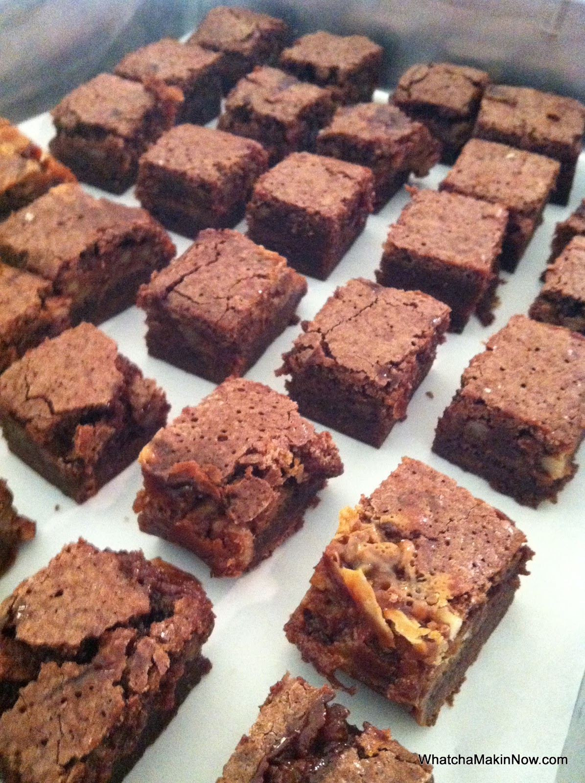 Whatcha Makin' Now?: Caramel & Hot Fudge Pecan Brownies