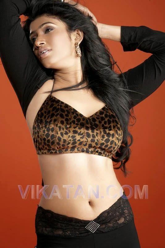 Aksha Sudari buriya sexy