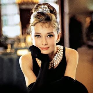 Audrey Hepburn, elisha francis, jewellery, pearls