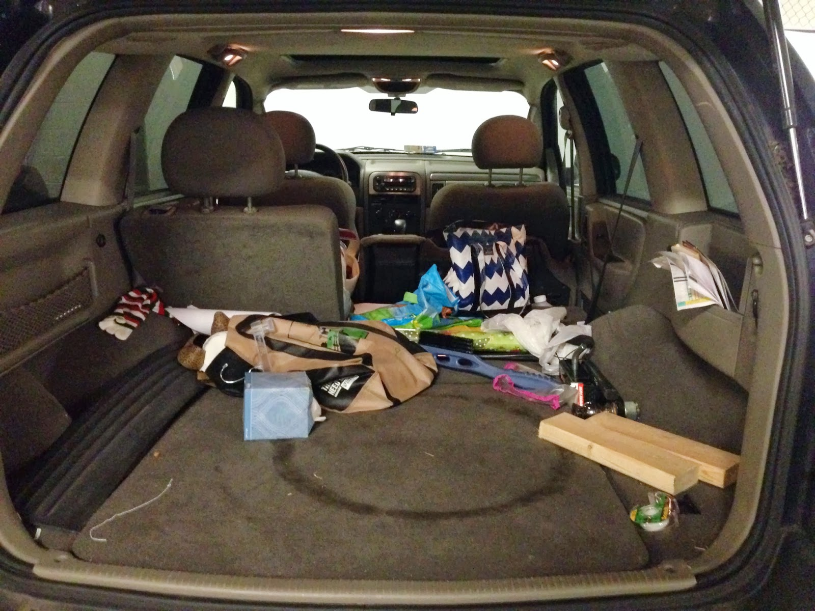 organizing the car 31 days day 17. Black Bedroom Furniture Sets. Home Design Ideas
