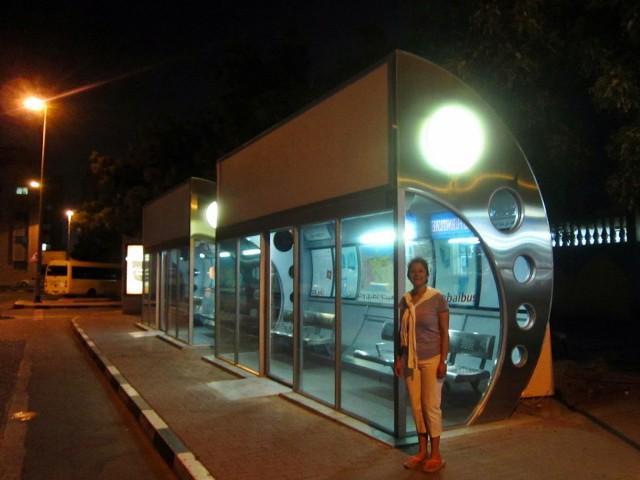 Halte Bus di Dubai