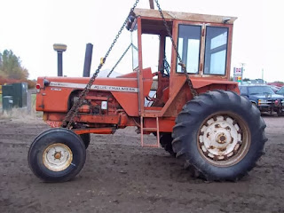 Allis Chalmers 190 tractor