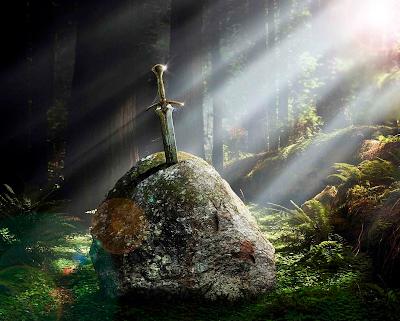 espada leyendas%2B excalibur - Leyendas y Simbolismo de la Espada