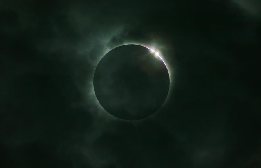 Diamonds clouds eclipse