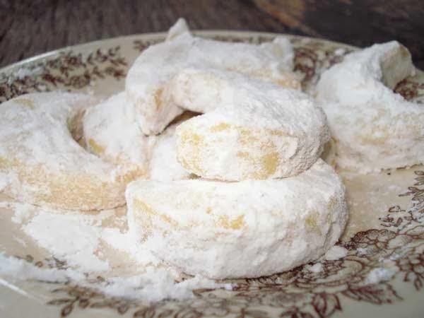 Petunjuk lengkap kue putri salju tabur gula