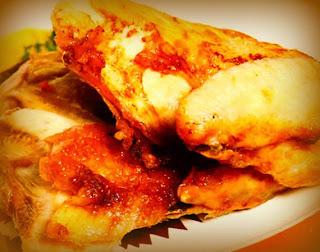 Pollo confitado con mango y aceitunas