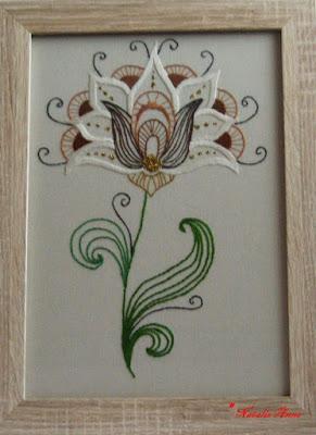"""Ręcznie wyszywany obraz """"Kwiat lotosu"""" / Hand-embroidered picture """"Lotus Flower"""""""