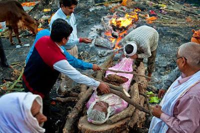kepercayaan masyarakat india