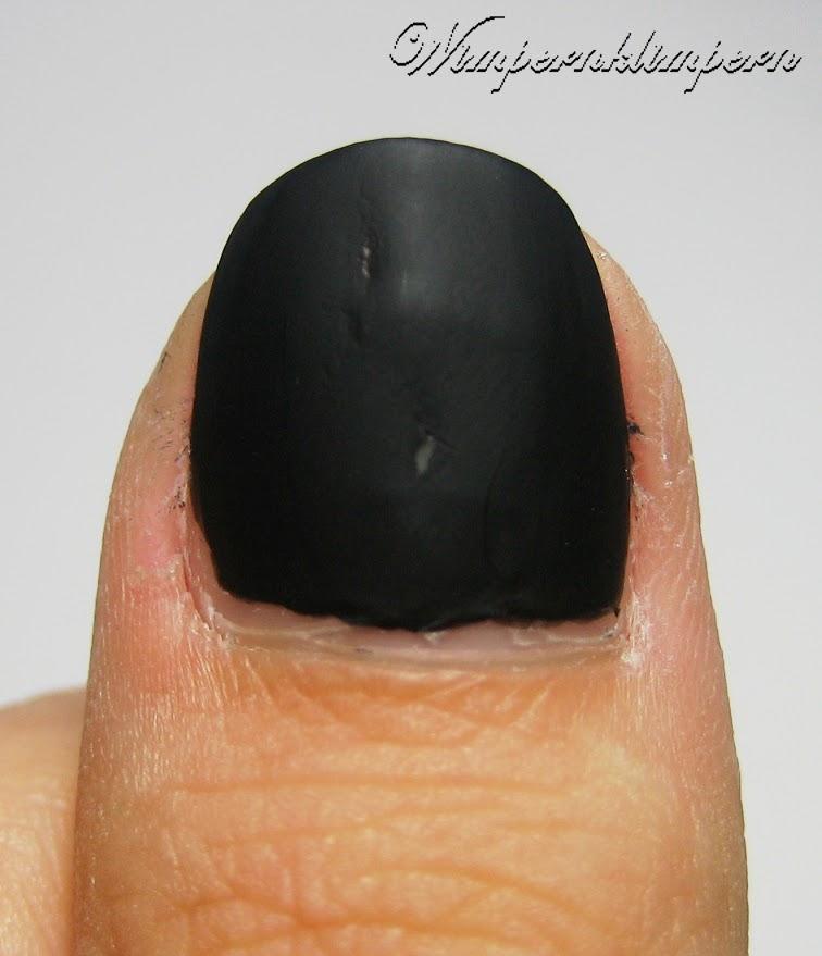 Ciaté Chalkboard Manicure 3. Schicht