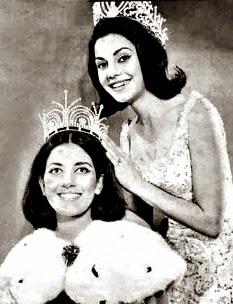 Ieda Maria Vargas Miss Brasil e Universo 1963 coroando Angela Vasconcelos Miss Brasil 1964